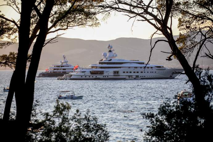 Ultra Expensive Yachts Wait On Ultra Festival To Begin Total
